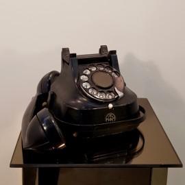 RTT56 Post War Telephone