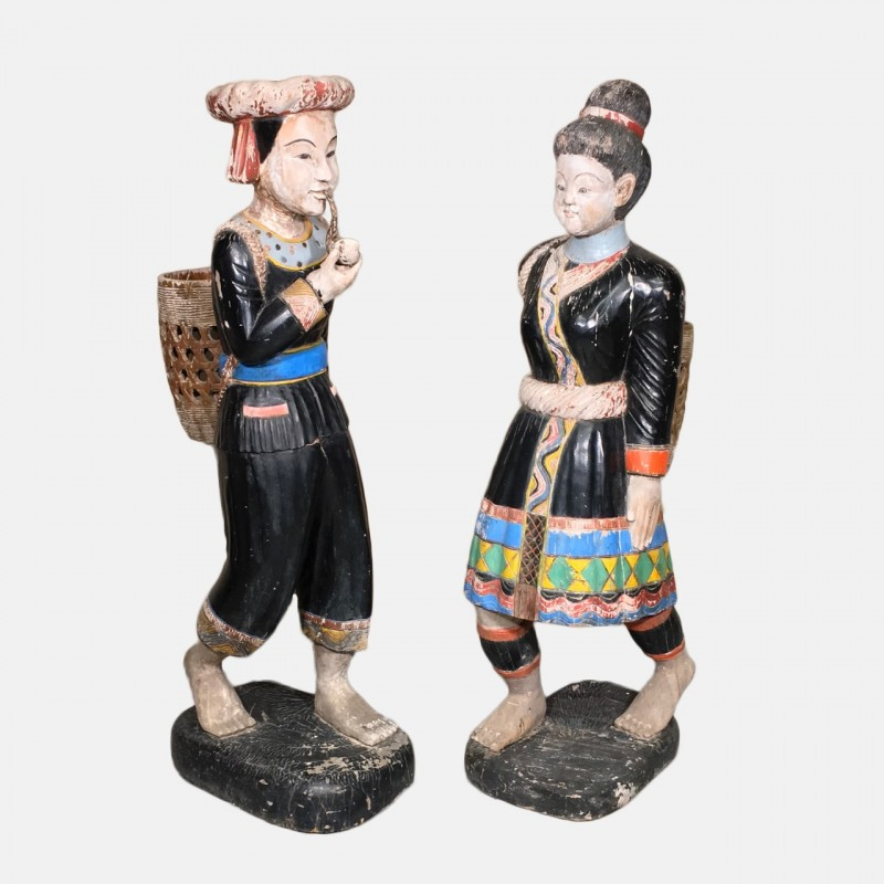 Pair chinese statues
