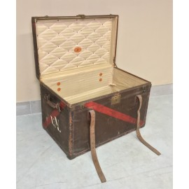 Dutch Travel Trunk