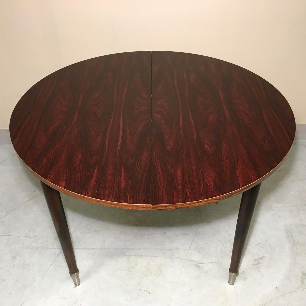 Vintage design dining table Claudia Collections : vintage design dining table from claudiacollections.com size 1280 x 1280 jpeg 203kB
